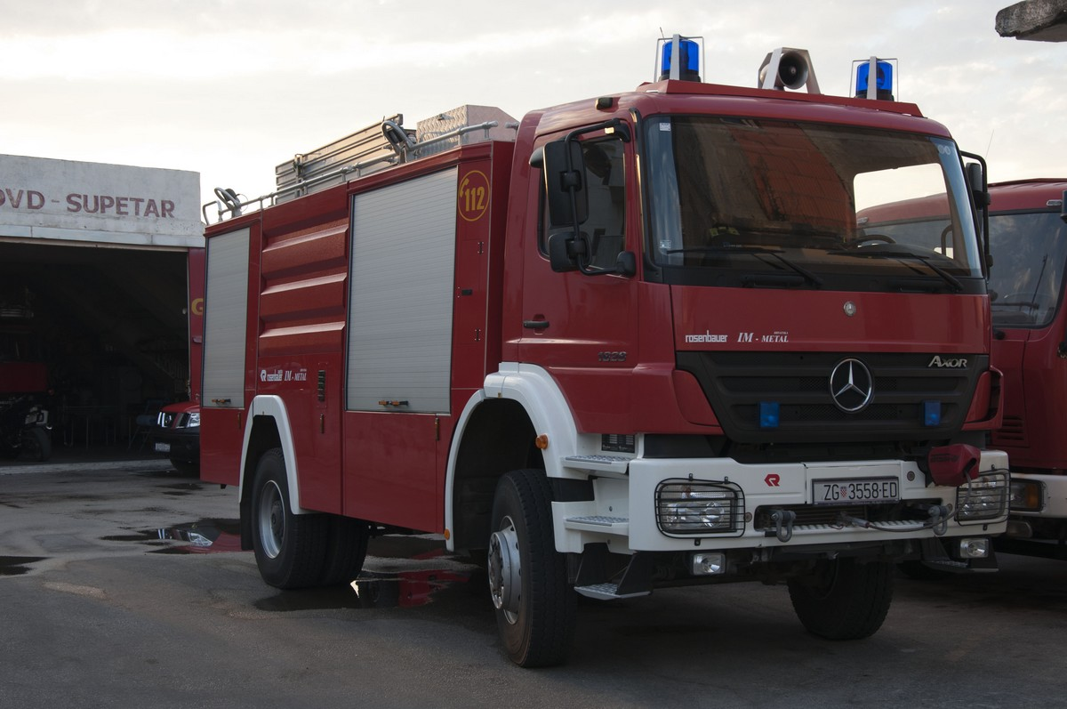 ZG 3558ED - Mercedes Benz Axor - DVD SUPETAR