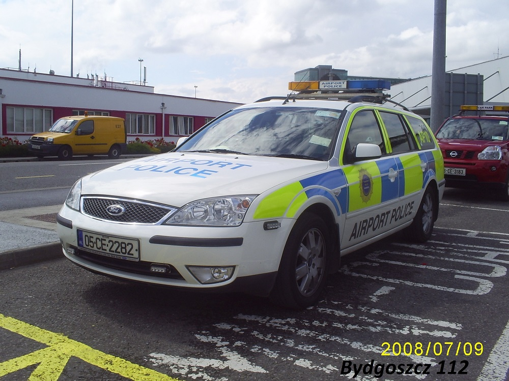 05-CE-2282 - Ford Mondeo - Aiport Police - Dublin